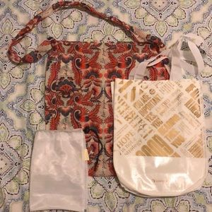 Lululemon athleta and puriyou bags